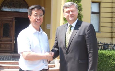 Mátészalkának kínai testvérvárosa lehet - interjú Szabó István polgármesterrel