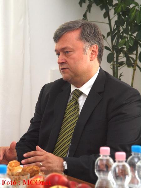 Szabó Istvánt