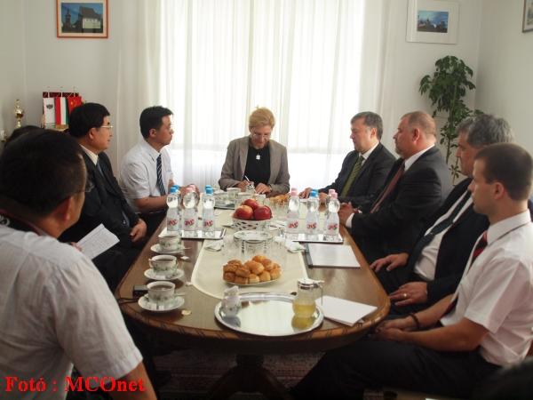 Egyeztetés a kínai delegációval