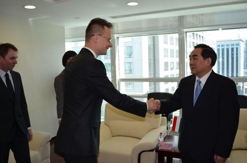 Pekingbe utazott a Szijjártó Péter, a magyar-kínai kétoldalú kapcsolatok összehangolásáért felelős kormánybiztos,