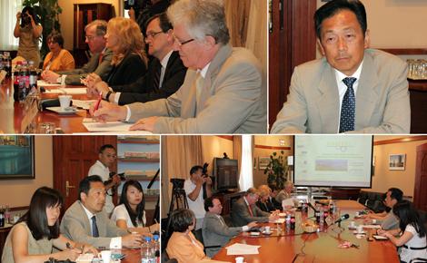 Szecsuáni delegációval tárgyalt a VOSZ - interjúk