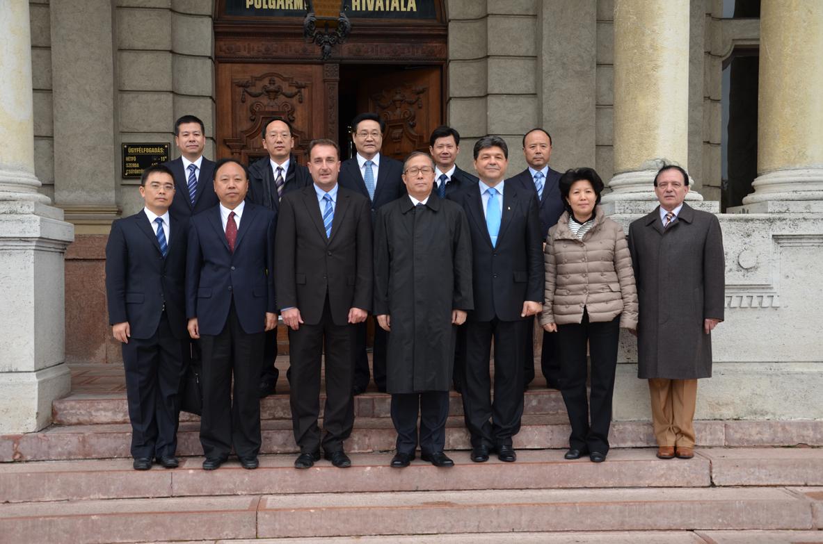 kínai delegáció győrben