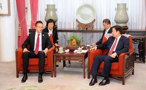 Szijjártó Péter: Magyarország élen jár az európai-kínai kapcsolatok fejlesztésében