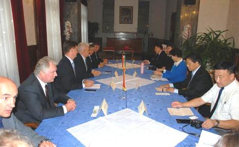 Szolnok testvérvárosának delegációja tett látogatást a Városházán