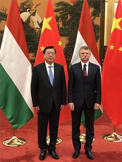 Kövér László, az Országgyűlés elnöke és Csang Tö-csiang a kínai törvényhozás elnöke