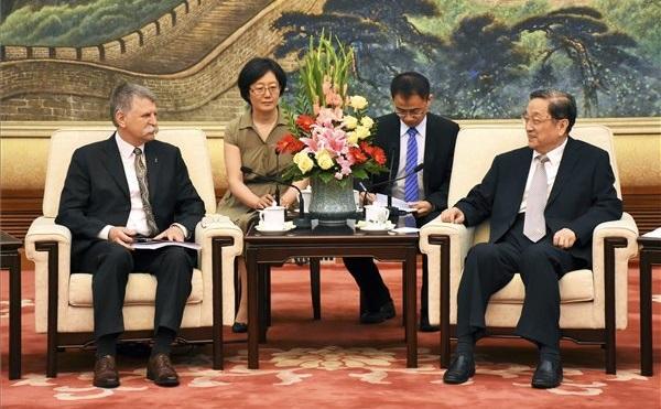Kövér László Pekingben járt