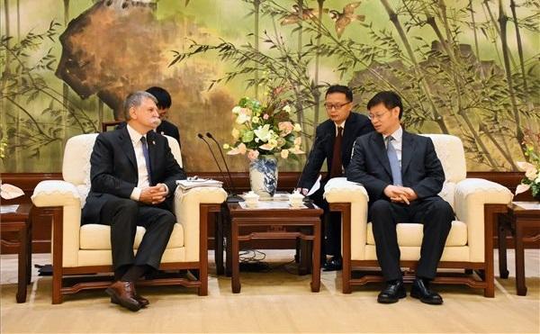Kövér László Sanghajban: a város lehet Kína kapuja Magyarország számára