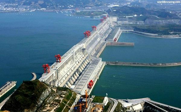 A Pajhotan erőmű 190 milliárd kilowattóra energiát fog termelni, ez duplája a Három-szoros erőműnek, ami a jelenlegi legnagyobb vízi erőmű