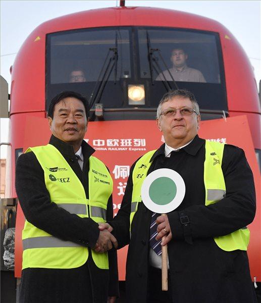 Elindultak az első exportvonatok Budapestről Kínába