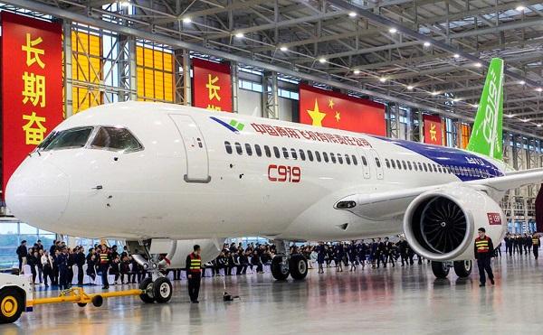 Kína felveszi a versenyt az Airbus és Boeing légi járműivel