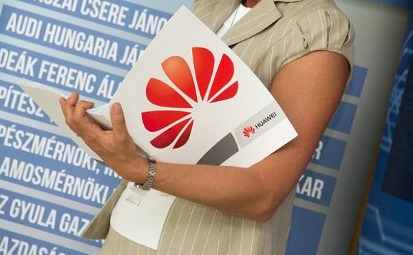 Közel harmadával növelte okostelefon eladásait tavaly a Huawei