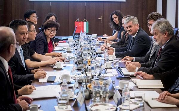 Új piacok nyílhatnak meg Magyarország és Kína között