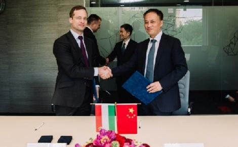 Együttműködik a sanghaji tőzsde és a BÉT