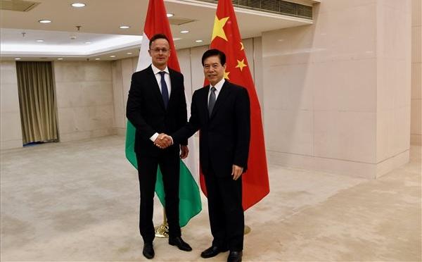 Orbán: a kínai törekvések egybeesnek a magyar érdekekkel