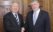 Kínai nagykövettel tárgyalt Kásler Miklós