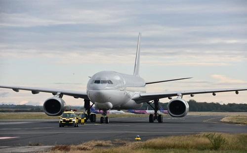 Magyar teherszállító repülőgéppel hoznak Pekingből antigén-teszteket hazánkba
