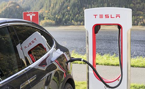 A Tesla kínai gyárát exportközponttá alakítják