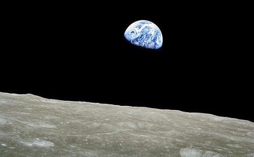 Nemzetközi partnerekkel közösen folytatná a Hold-kutatást Peking és Moszkva