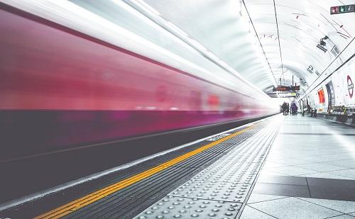 Szerbiába jönnek a kínai szupergyors vonatok