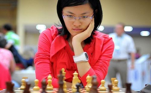 Kínai siker: Hou Yifan az új női sakkvilágbajnok