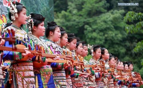Dong népcsoport, Kína