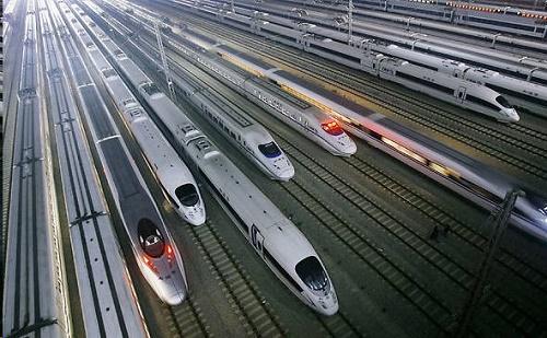Kína 2025-ig tovább fejleszti vasútvonalát