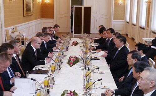 Stratégiai szerződést kötött Kína és Csehország